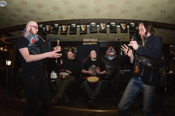 Адпачывай разам з гуртом «Бурдзюк» у бары «ХІХ век»!